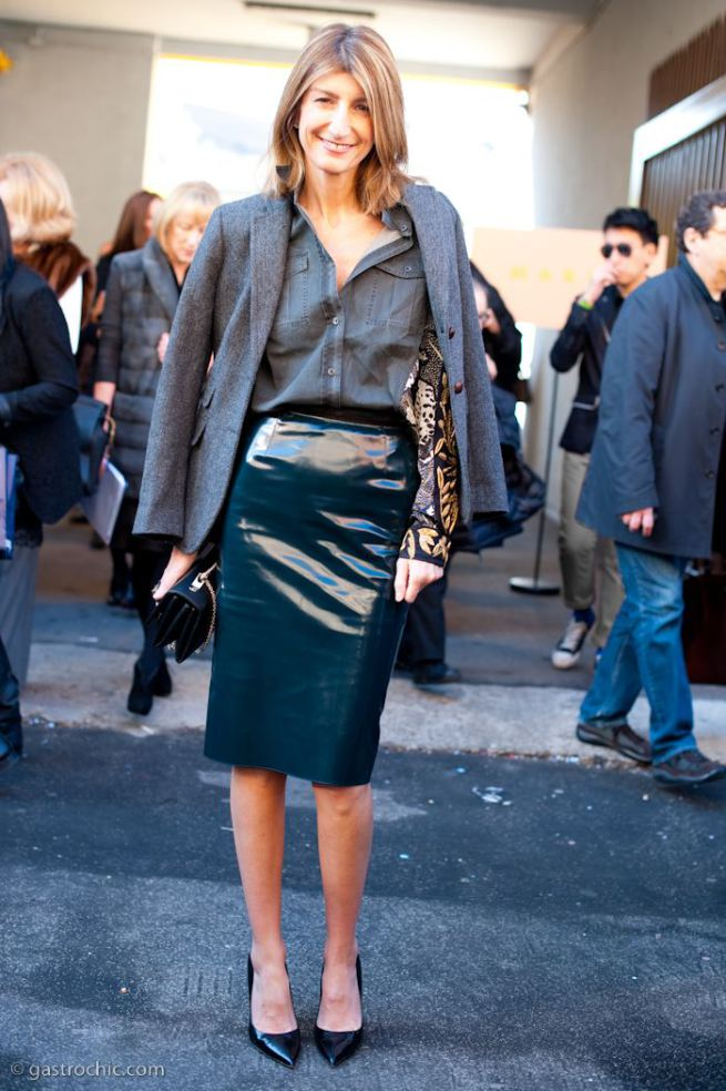 Patent+leather+pencil+skirt+for+work